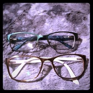 Accessories - Two cute reading glasses